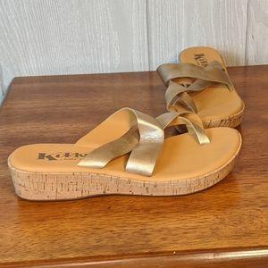 Korks kork-ease toe strap sandals metallic gold 6